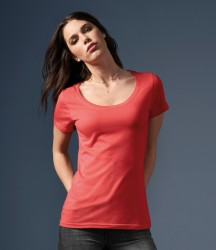 Anvil Ladies Featherweight Scoop Neck T-Shirt image
